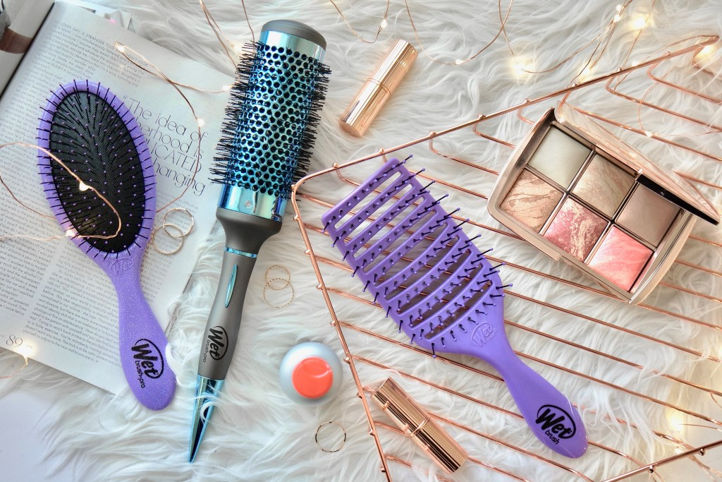 How to blowdry your hair in 10 minutes or less