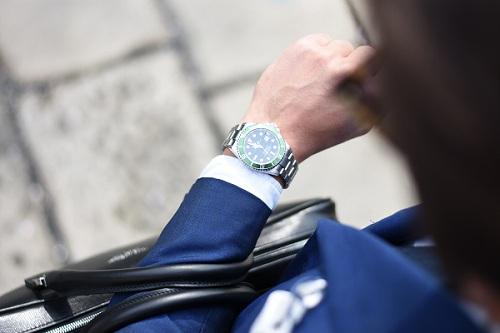 cum iti poti alege ceasul potrivit in functie de stil si personalitate
