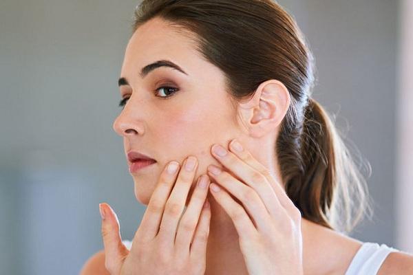cum scapi de acnee