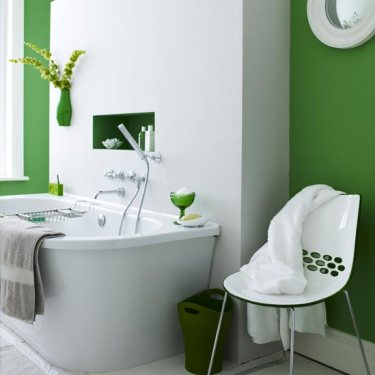 bagno-bianco-con-verde