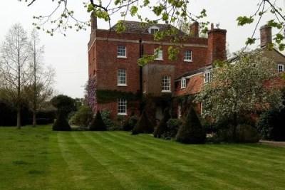 Simon-Cook-Landscaping-Faringdon-Grass-Cutting