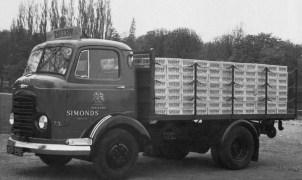 1957 Karrier Bantam 50hp 3 ton Dray + Tavern crates Torquay