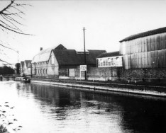 Looking up River Kennet from Bridge Street 1979