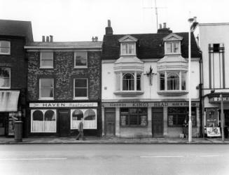 High Wycombe, Oxford St. The Kings Head 1960