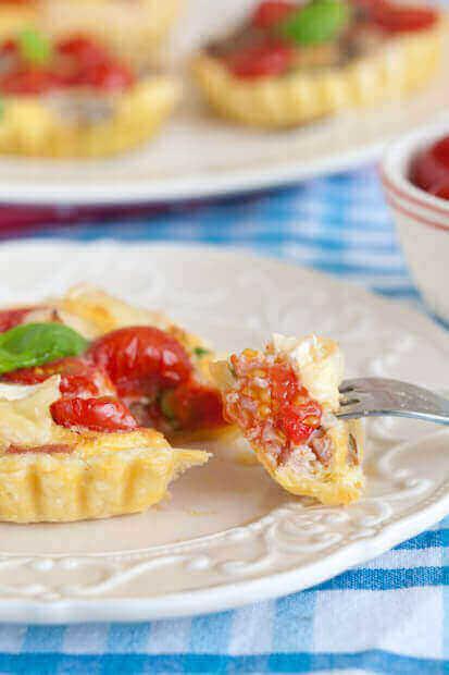 Tartelette with peas and ham | iinsimoneskitchen.com