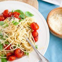 Spaghetti met geplette tomaten | simoneskitchen.nl