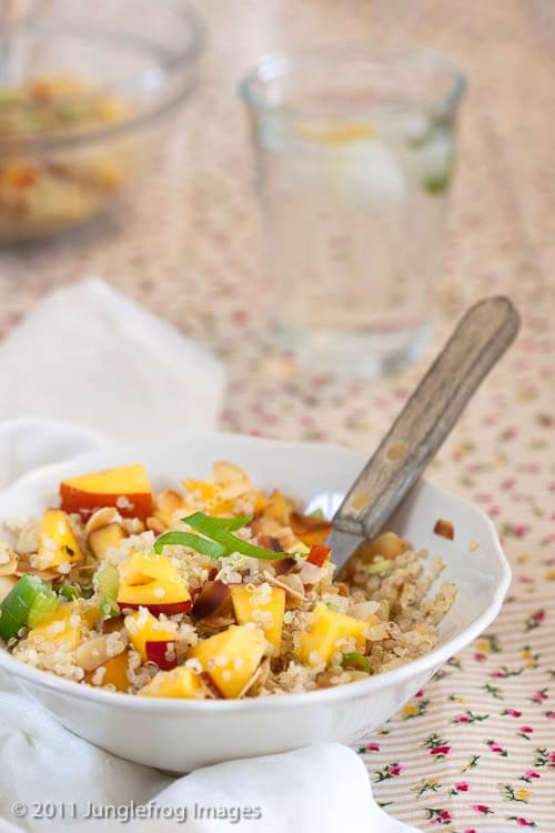 Quinoa salade met nectarine   simoneskitchen.nl