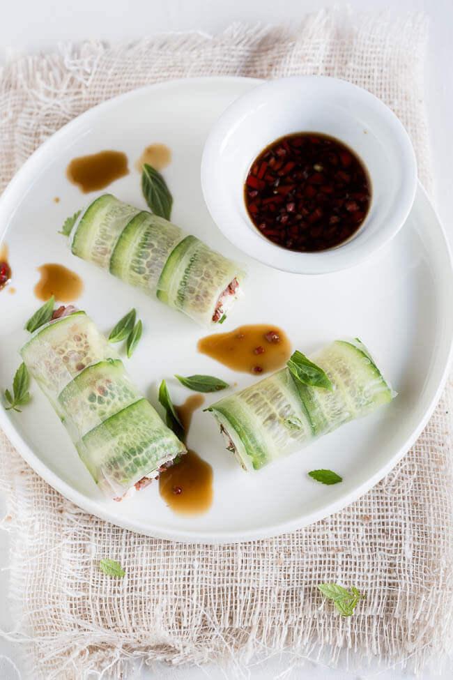 Kip springrolls met chili dressing | simoneskitchen.nl