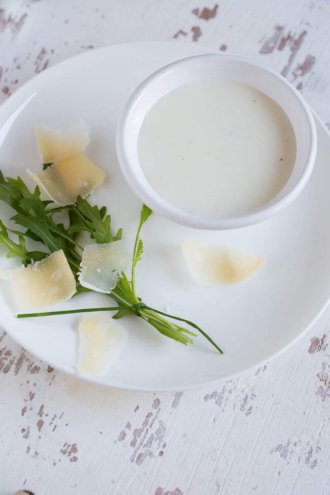 Mierikswortel en karnemelk dressing | simoneskitchen.nl