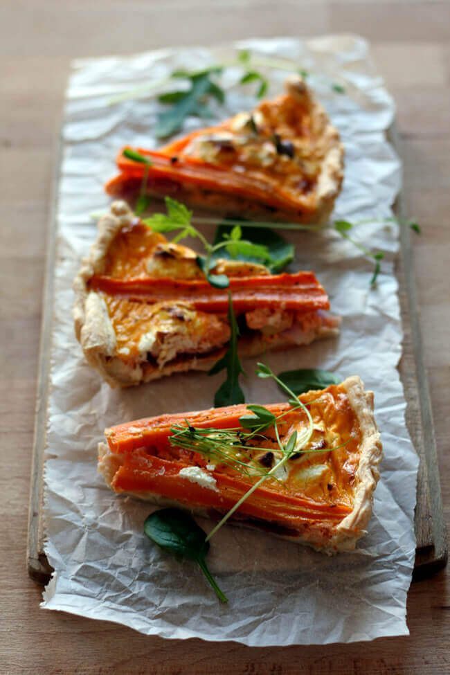 hartige worteltaart met geitenkaas en appel (klik op foto om naar recept te komen!)