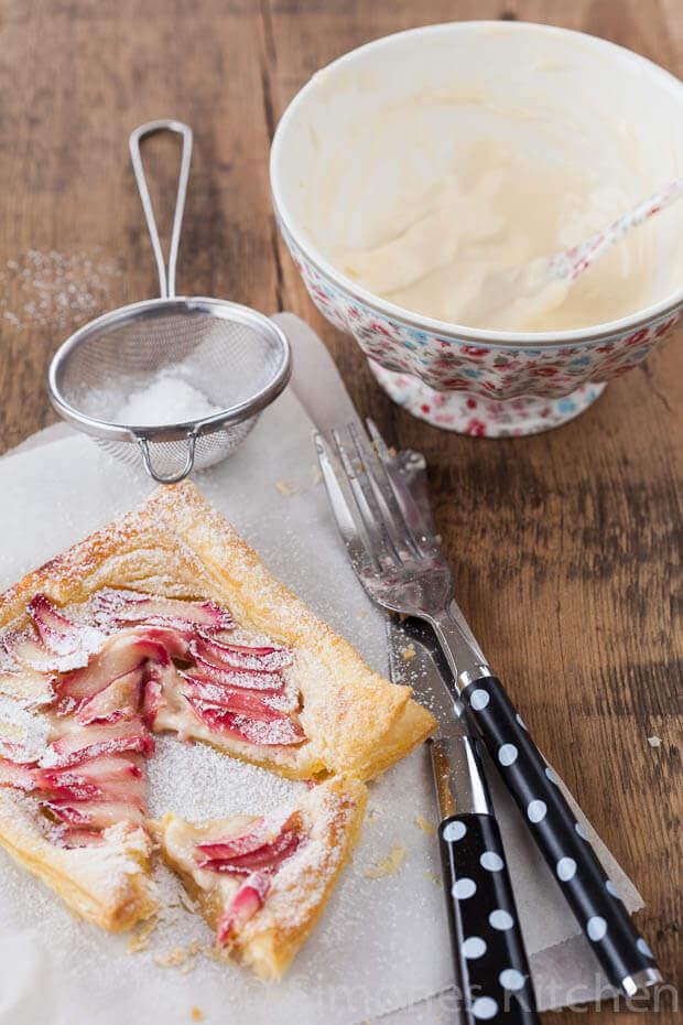 Romige rabarber taartjes | simoneskitchen.nl