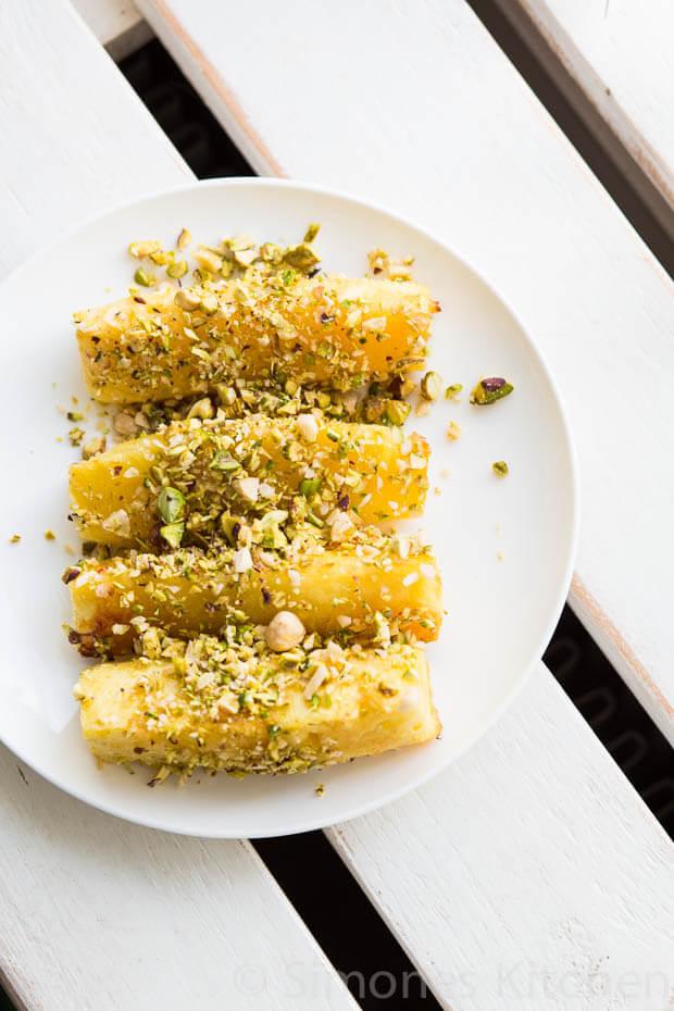 Geroosterde ananas met pistachenootjes | simoneskitchen.nl