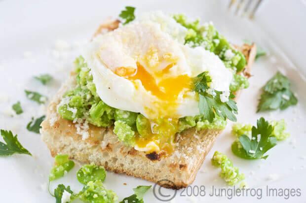 toast met tuinbonen salade   simoneskitchen.nl