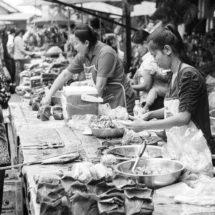 Markt op Luang Prabang | simoneskitchen.nl