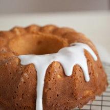 Pineapple and toasted coconut bundt cake | insimoneskitchen.com