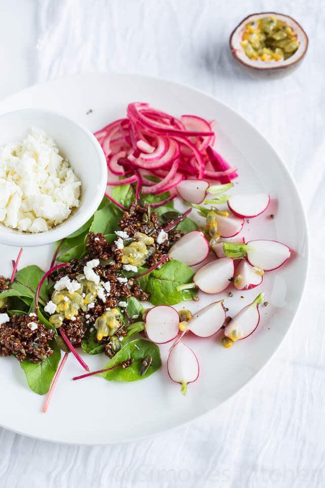 Quinoa salade met feta en bietenblad | simoneskitchen.nl