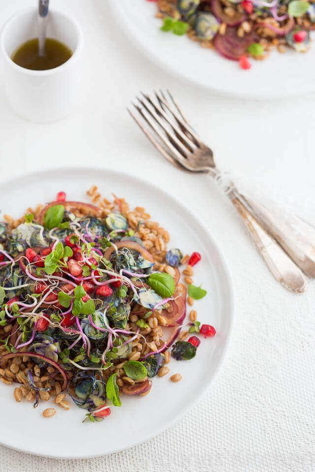 Salade met farro en spruitjes | simoneskitchen.nl