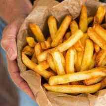 Krokante frietjes uit de airfryer   simoneskitchen.nl