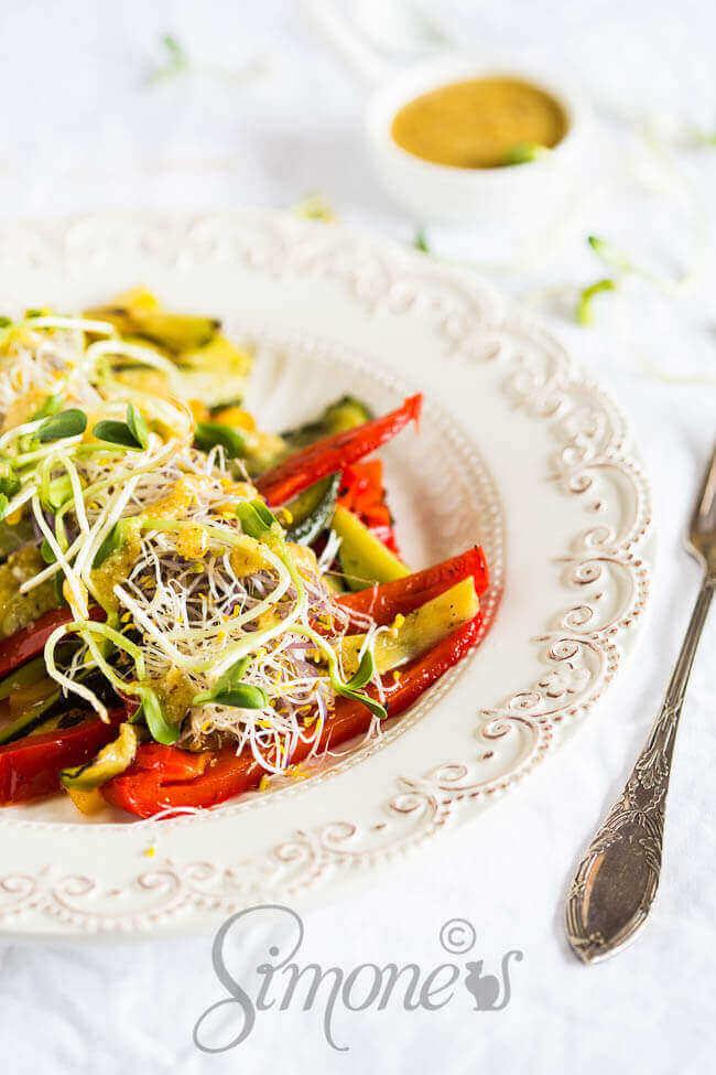 Geroosterde groentes met tahini dressing   simoneskitchen.nl