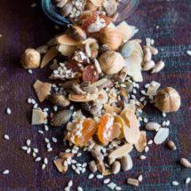 makkelijke ontbijttopping met noten en zaden | simoneskitchen.nl