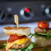 Slider hamburger met cheddar | simoneskitchen.nl