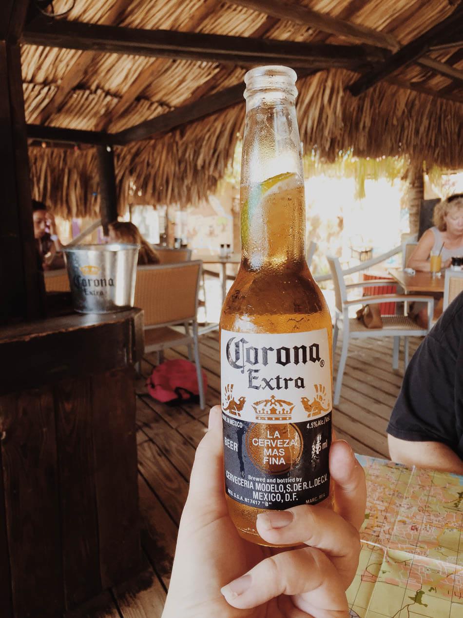 Biertje bij Pirates Bay