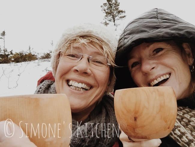 Heleen en ik op de berg met een kerstthee!