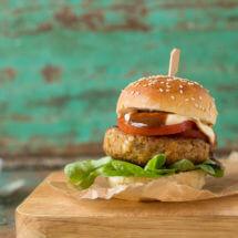 Butterchicken burger met rode linzen | simoneskitchen.nl
