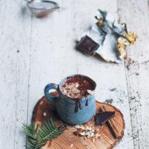 Gezonde chocolademelk met amandelmelk | simoneskitchen.nl