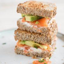 Zalm sandwich met avocado | simoneskitchen.nl