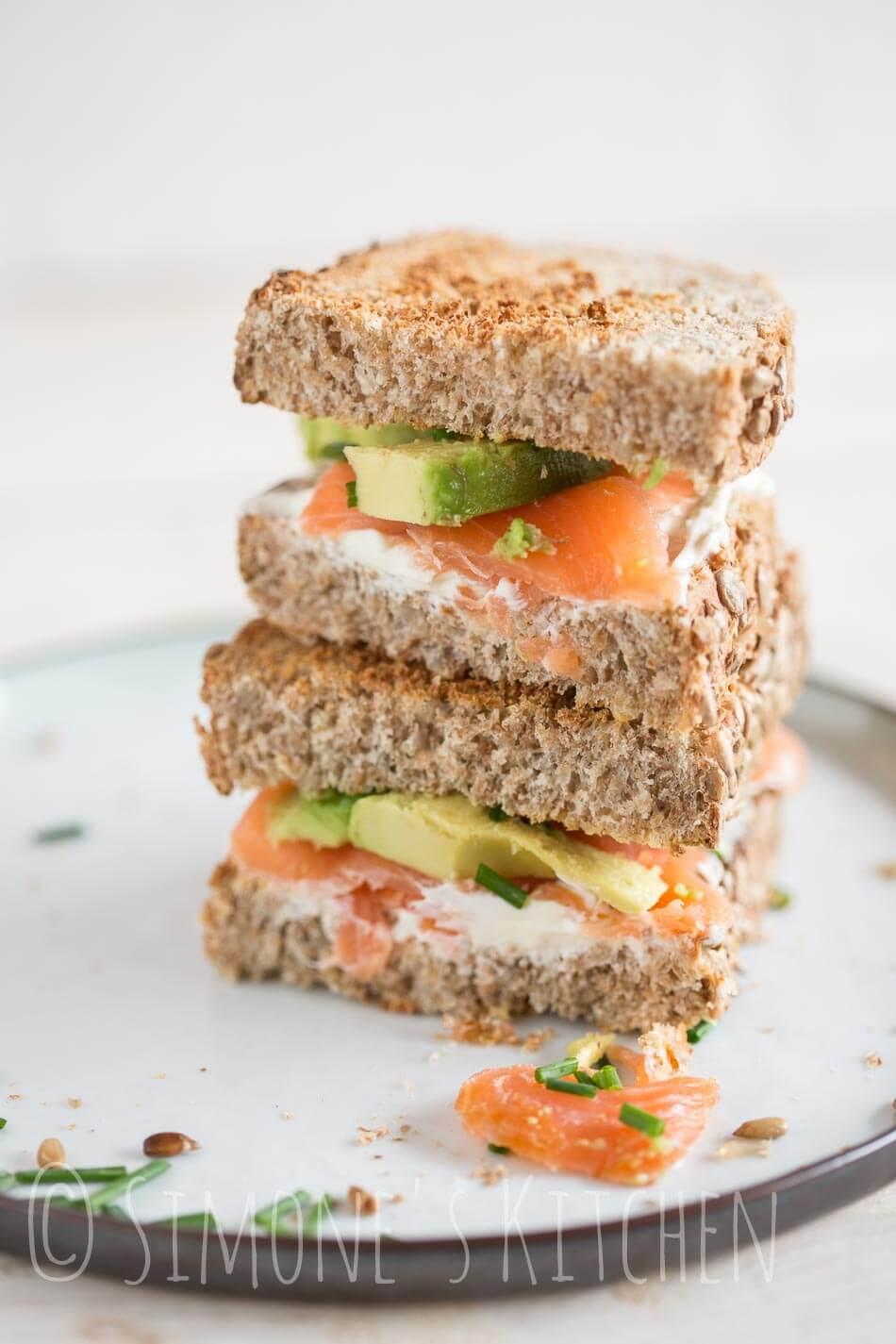 Zalm sandwich met avocado   simoneskitchen.nl