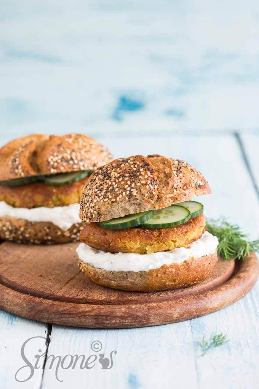 Falafelburgers met tzatziki | simoneskitchen.nl