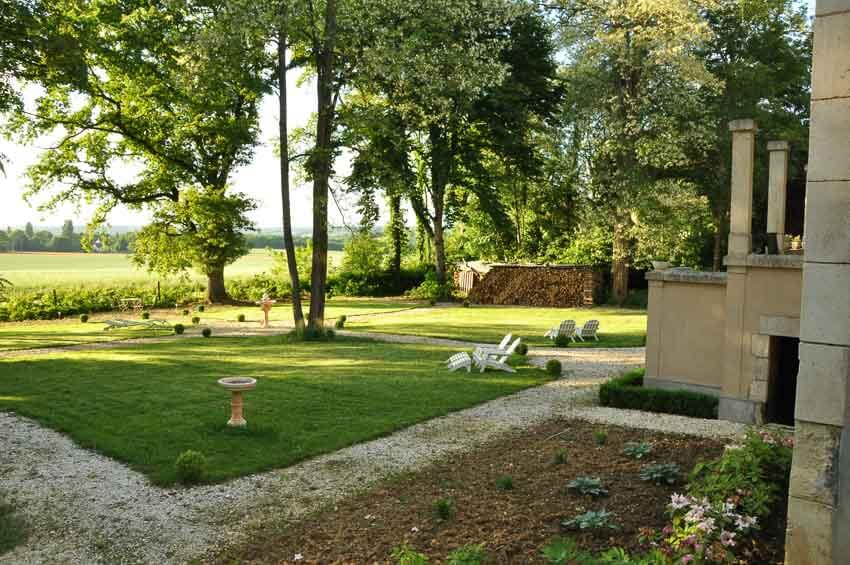 De tuin van maison Salvard