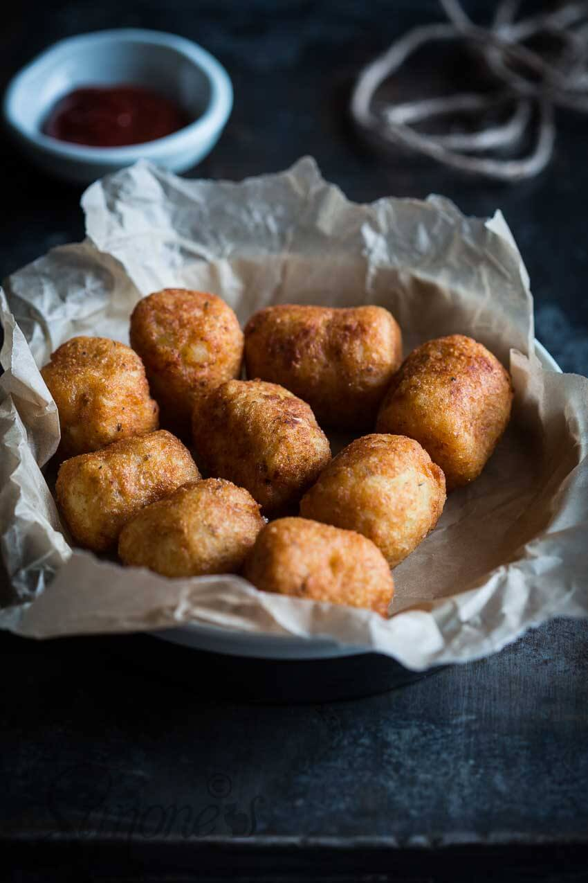 Aardappelkroketjes met hotdog surprise | simoneskitchen.nl