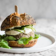 Vegetarische tofu-champignonburger | simoneskitchen.nl