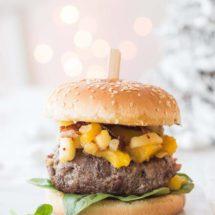 Kerstburger met ham, bacon en kastanjes | simoneskitchen.nl