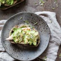 Kip sandwich met avocado | simoneskitchen.nl