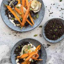 Geroosterde wortel met venkel en zwarte linzen | simoneskitchen.nl