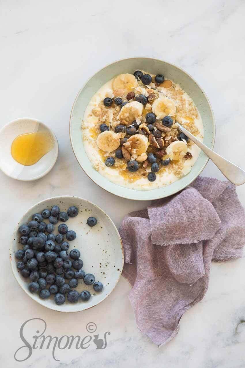 Quinoa breakfast bowl | simoneskitchen.nl