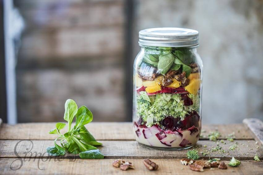 Salad in a jar | simoneskitchen.nl