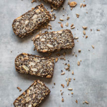 Crunchy notenbrood | simoneskitchen.nl
