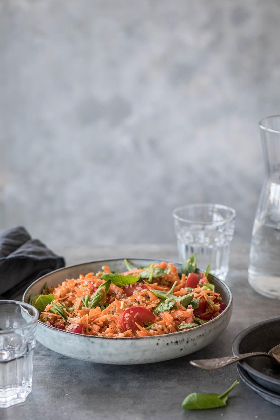 Spinazie-wortelsalade met quinoa | simoneskitchen.nl