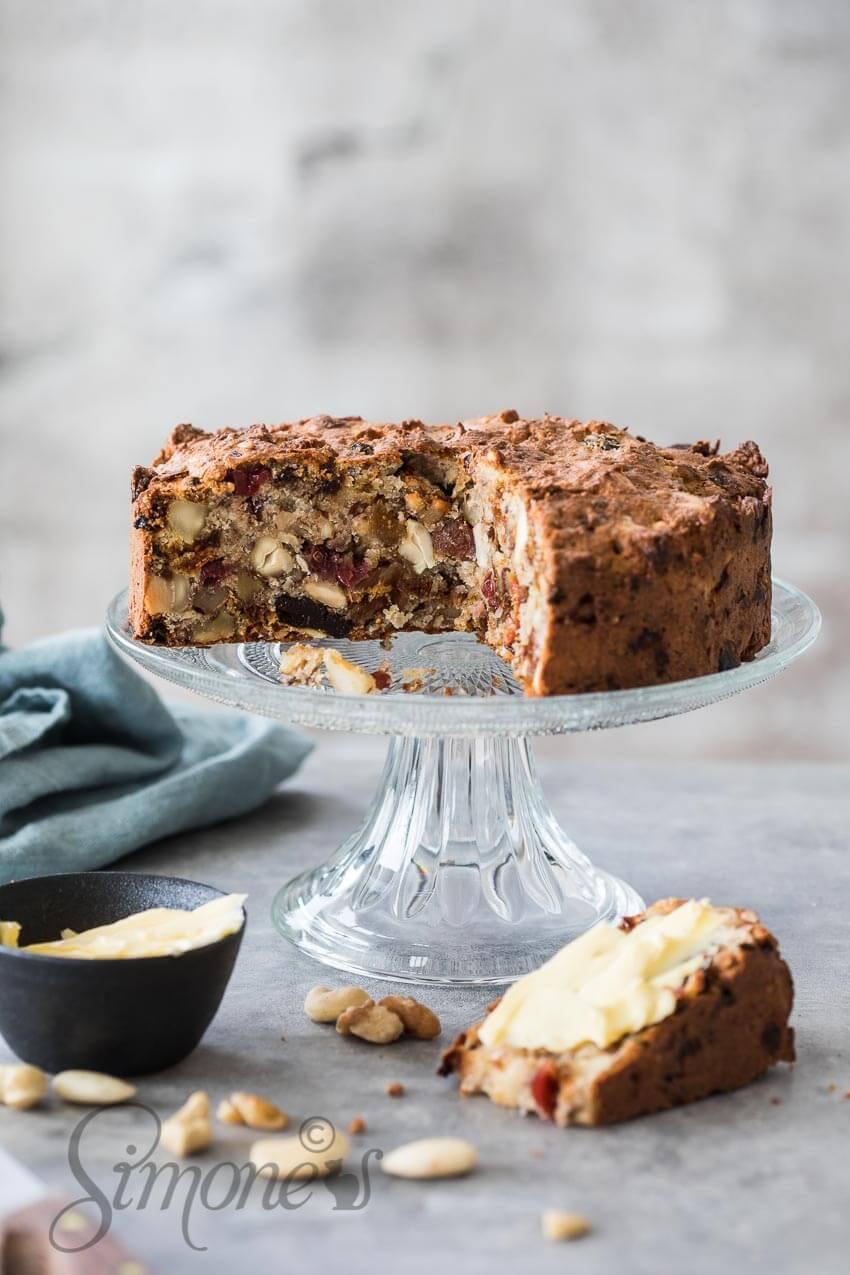 Whole30 en paleo notencake | simoneskitchen.nl