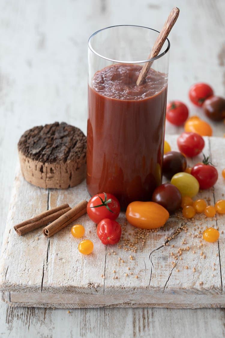 Ketchup zonder suiker maken | simoneskitchen.nl