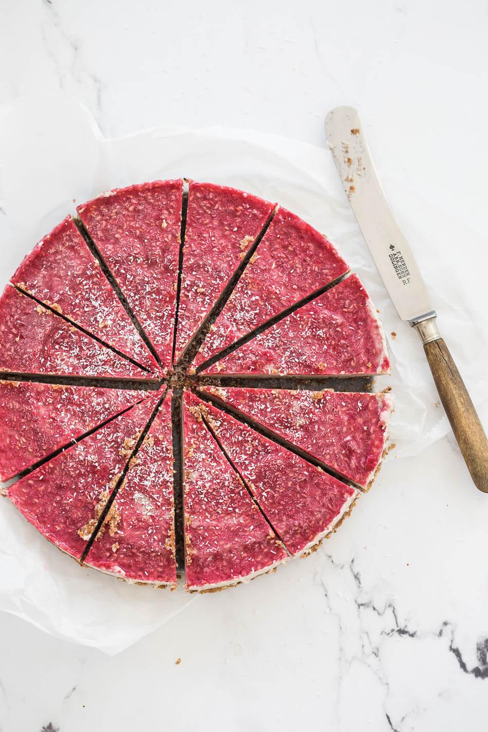 No bake paleo cheesecake met frambozentopping | simoneskitchen.nl