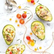 Avocadobootjes gevuld met tonijnsalade