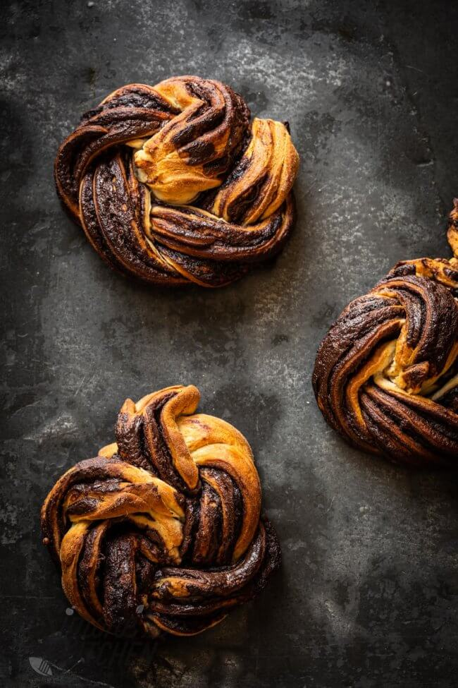 Supersnelle chocoladebroodjes met croissantdeeg