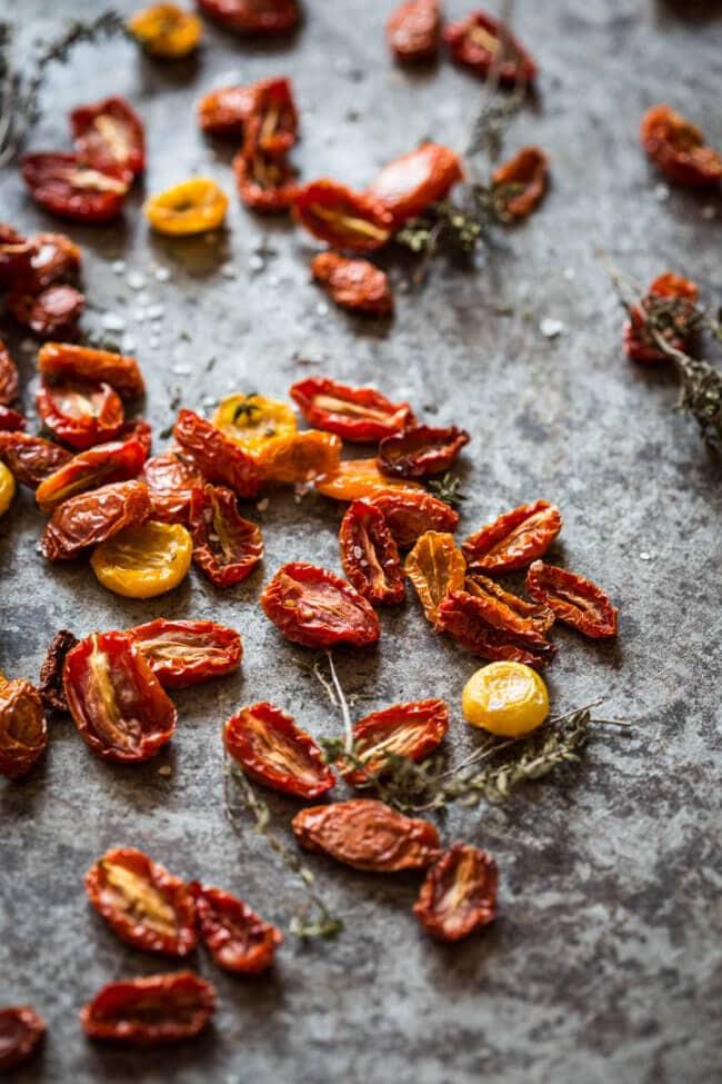 Zelf zongedroogde tomaatjes maken uit de oven