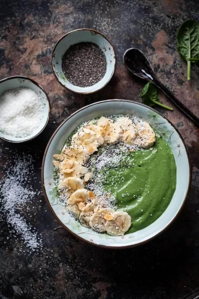 Groene smoothiebowl met nutribites