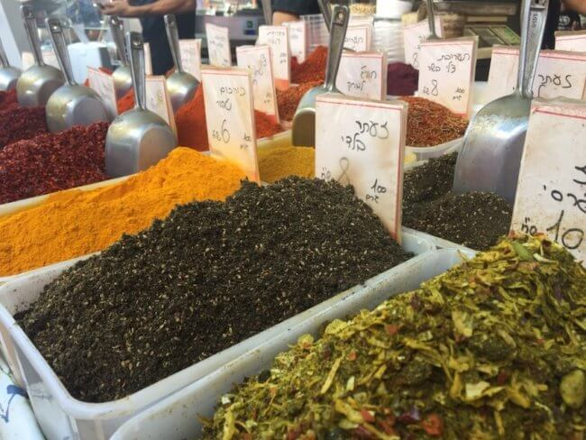 Za'atar op de carmel markt